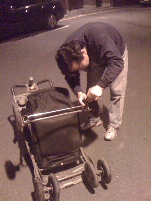 If your stroller's busted, don't bother calling Alaska